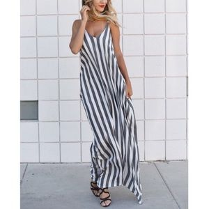 Dresses & Skirts - Cora striped pocketed maxi dress by Vici